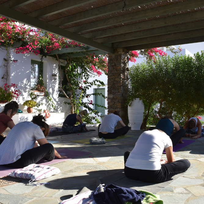 Yoga and hiking holiday in Sifnos